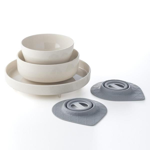 dishware with suction