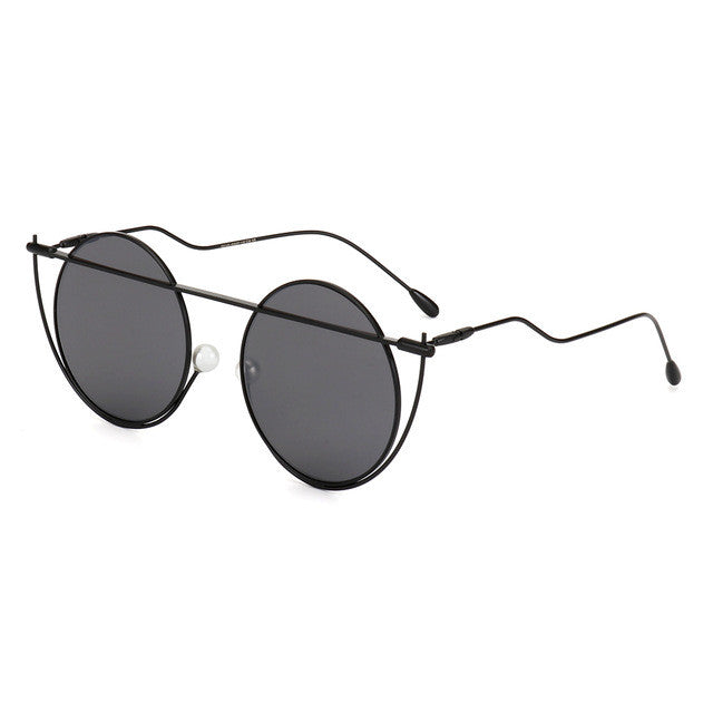 Unique Round Women Sunglasses - Discovering Heart
