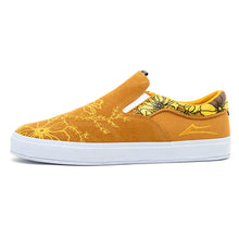 Owen VLK (Gold Suede)