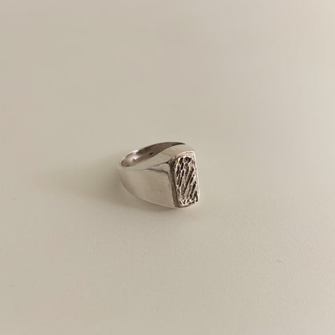 Ripple Signet Ring