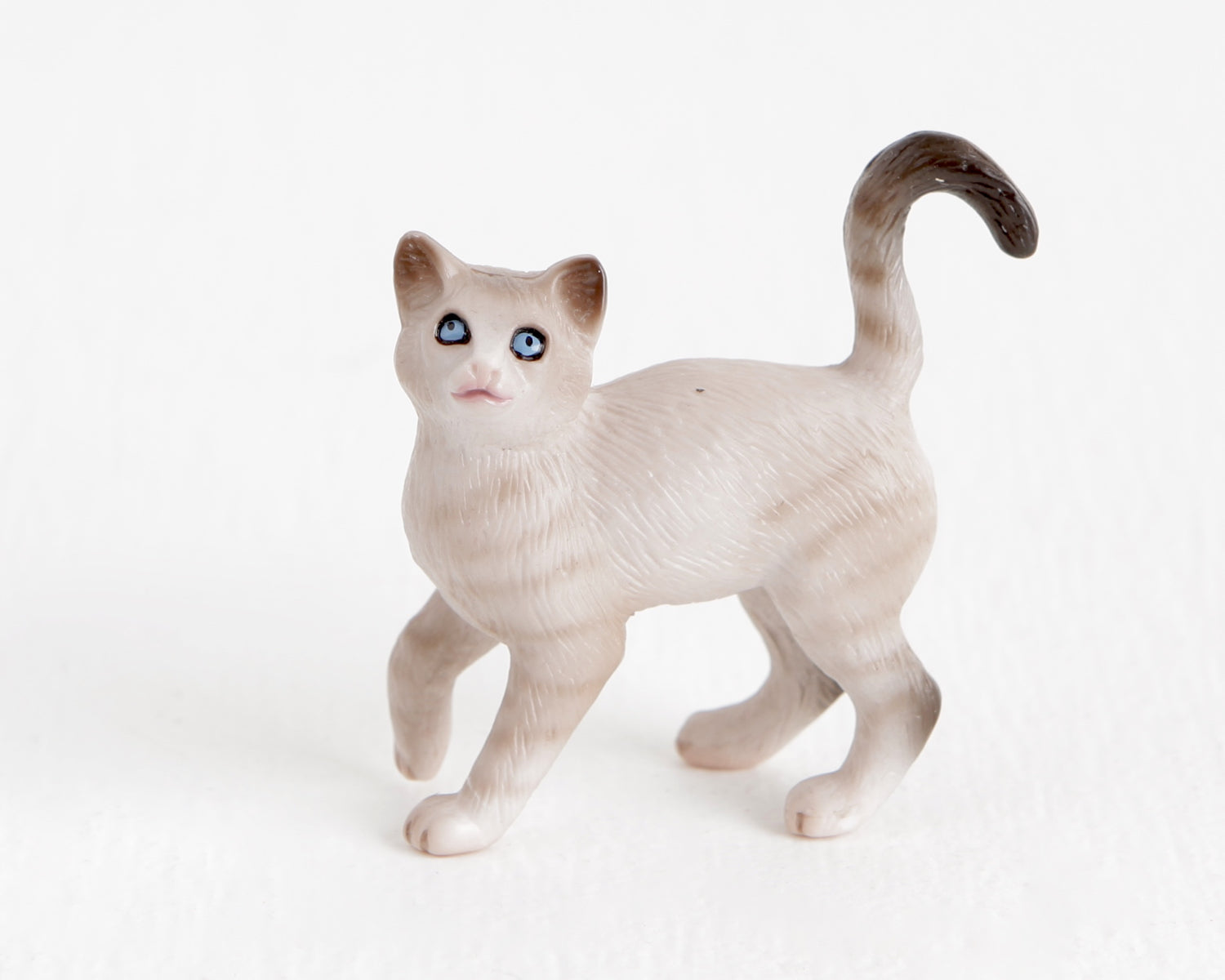 Breyer Light Gray Tabby Mix Cat at Lobster Bisque Vintage