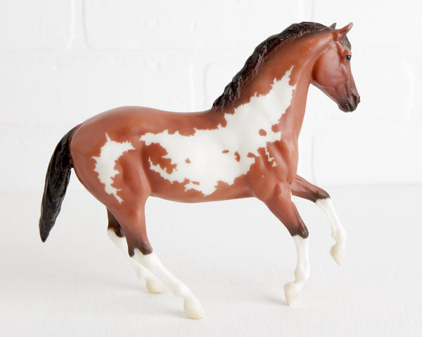 Breyer Bay Overo Ginger #62004 at Lobster Bisque Vintage