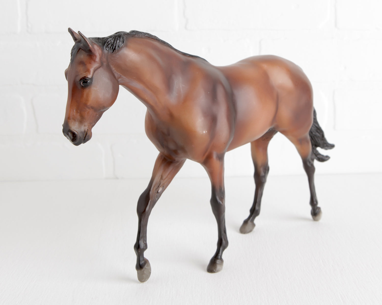 Breyer Bay Seabiscuit #1188 at Lobster Bisque Vintage