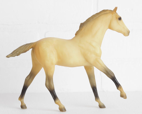 "Breyer ""Sunny"" Action Stock Horse Foal in Yellow Dun at Lobster Bisque Vintage"
