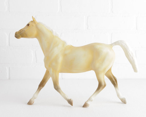 Breyer Palomino Swedish Warmblood #710596 Limited Edition JC Penney at Lobster Bisque Vintage