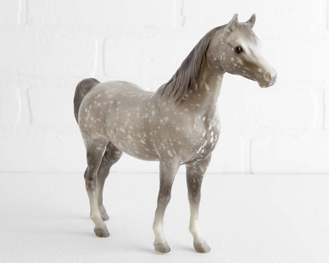 Breyer Proud Arabian Mare #215 in Semigloss Dapple Gray at Lobster Bisque Vintage