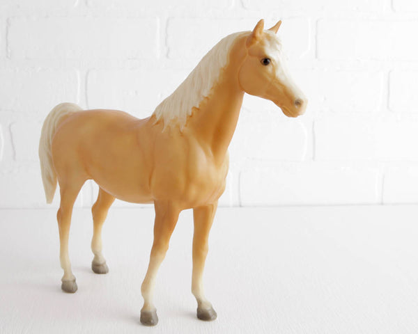 Breyer Palomino Family Arabian Mare #5 at Lobster Bisque Vintage