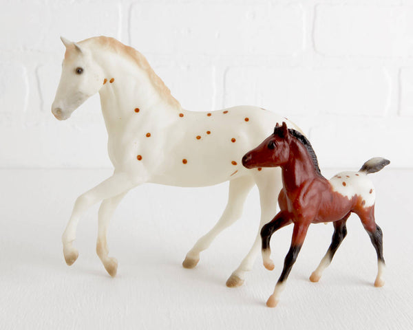 Breyer Precious Beauty Gift Set #2005 B Ranch Series at Lobster Bisque Vintage