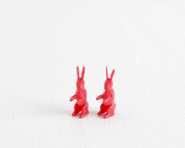Red Rabbit Set at Lobster Bisque Vintage