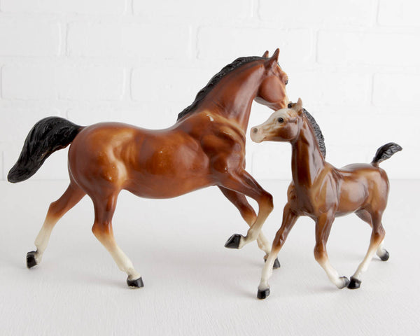 Breyer Bay Running Mare and Foal at Lobster Bisque Vintage