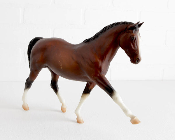 Breyer Gifted Hanoverian Limited Edition at Lobster Bisque Vintage