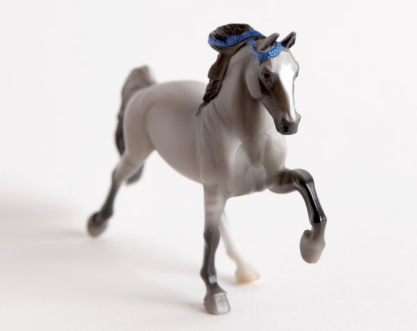 Breyer Mystery Horse Surprise Gray Tennessee Walker