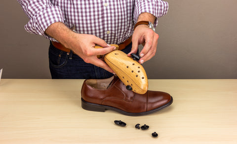 Shoe Stretcher Use - Preparation