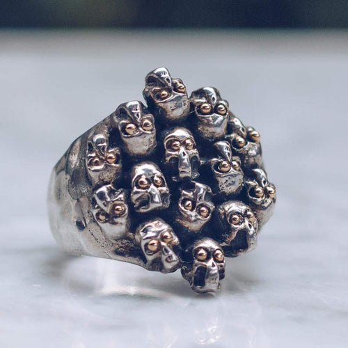 JIVE SKULLS RING | SILVER & GOLD EYES - JewelryLab