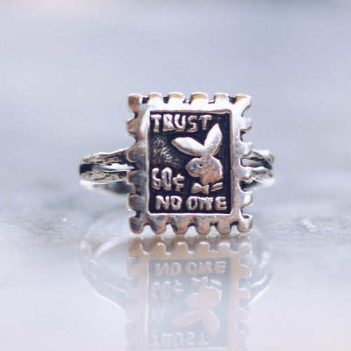 TRUST NO ONE | 925 STERLING SILVER - LIMITED EDITION - JewelryLab