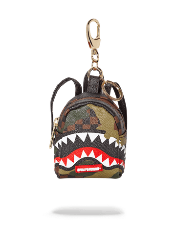 SPRAYGROUND- SHARKS IN PARIS (CAMO EDITION) KEYCHAIN KEYCHAIN