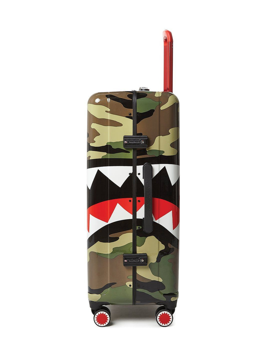 "SPRAYGROUND- SHARKNAUTICS (CAMO) 29.5"" FULL-SIZE LUGGAGE LUGGAGE"