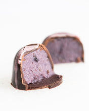 Maine Blueberry Mojito Bonbons
