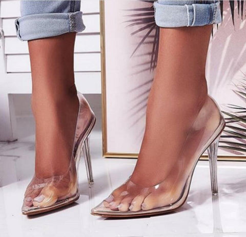 Transparent pointed toe low-fronted heels