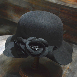 Stereoscopic flower wool bowler hats