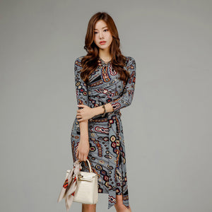 Crew neck print belted bodycon dresses