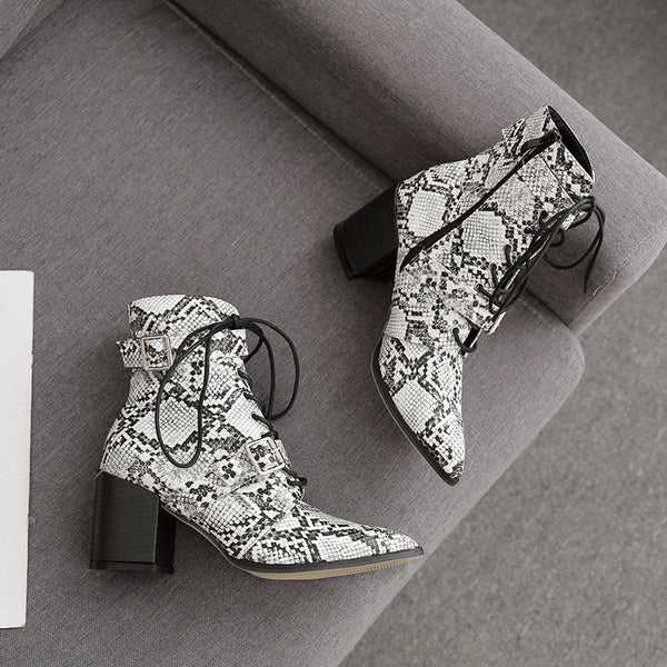 Snake print lace-up fastening boots