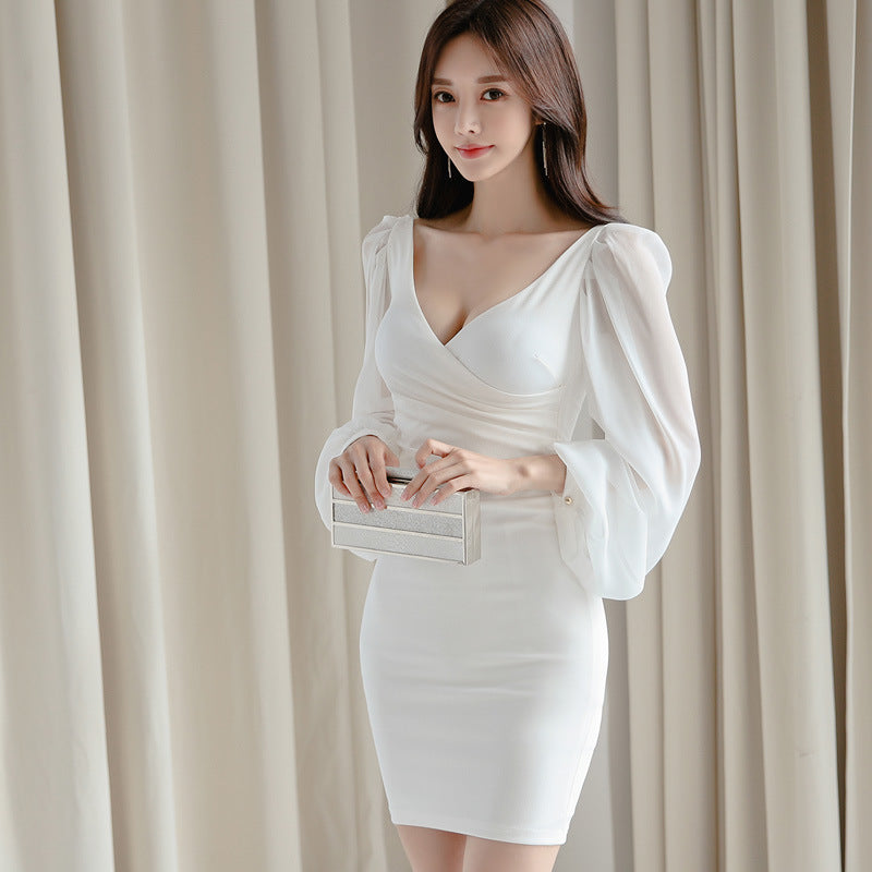 V-neck ruched long sleeve bodycon dresses