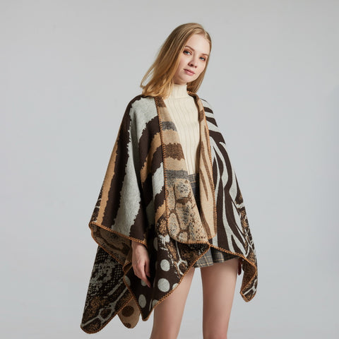 Eyelash edge irregular print scarves