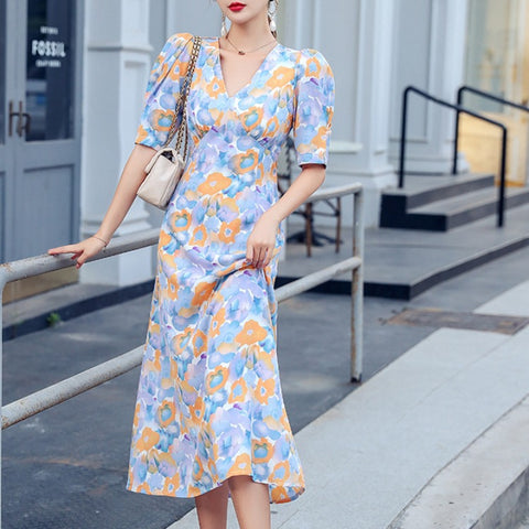 Puff sleeve shift midi dresses
