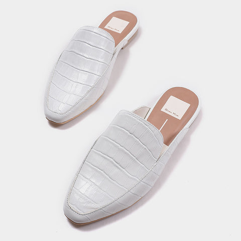 Elegant leather mule slippers