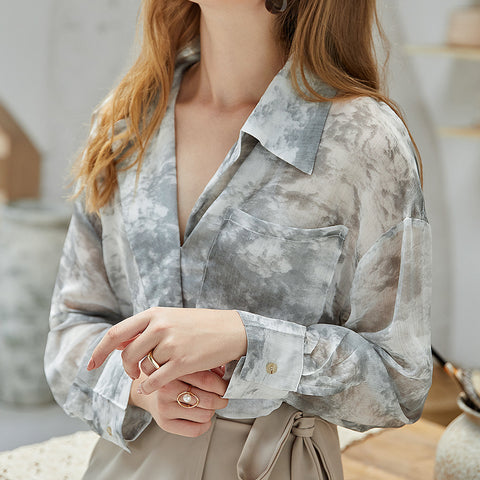 Turn-down collar print blouses