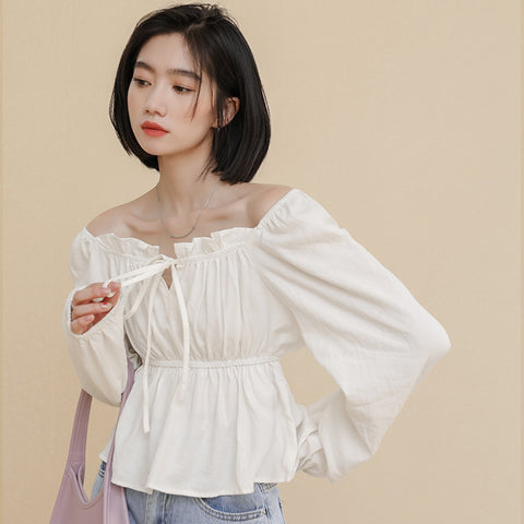 Square neck puff sleeve blouses