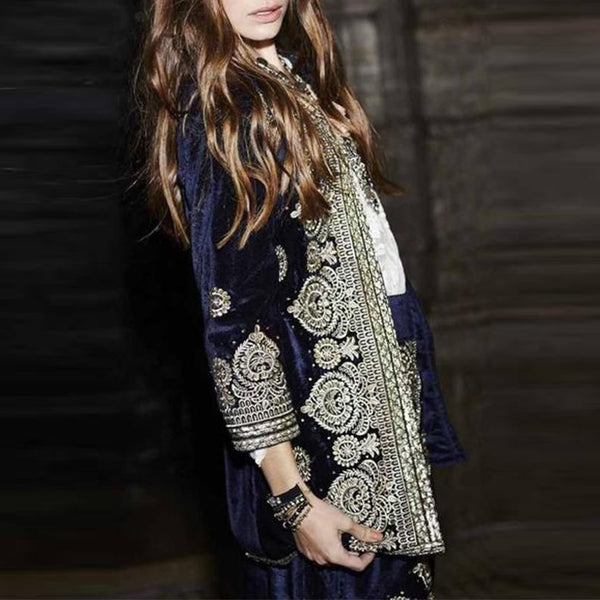 Embroidered three quarter sleeve coats