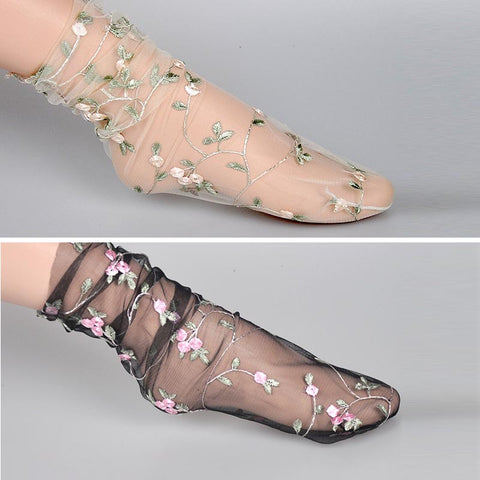 4 pairs embroidered mesh loose socks