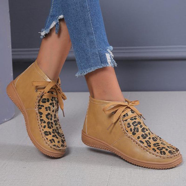 Leopard patchwork rounded lace-up boots
