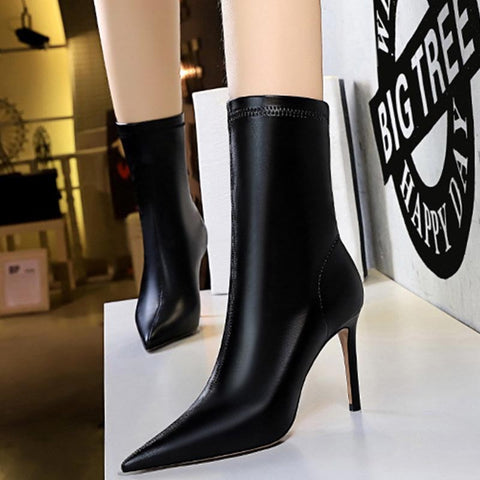 Solid elegant pointed high heel ankle boots