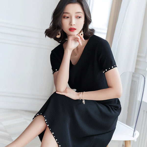 Short sleeve beaded knitted skirt suits