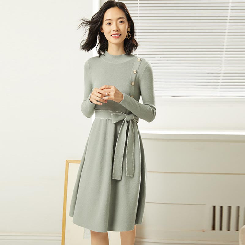 Buttoned knitted sheath dresses