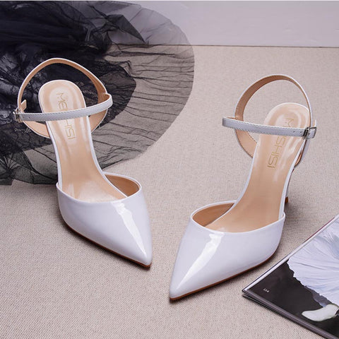 Pointed toe ankle-strap sandals