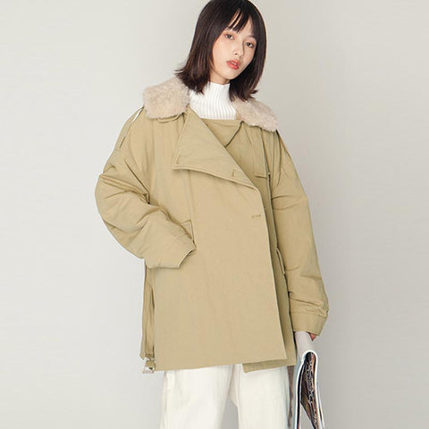 Belted short quilted coats with detached faux fur collar