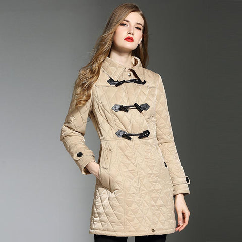 Diamond horn buckle quilted coats