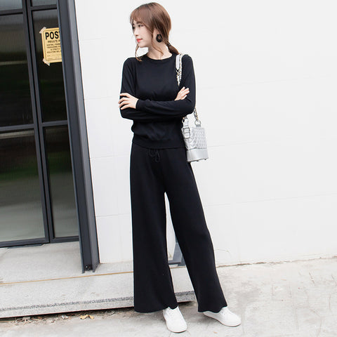 Crew neck sweater pant suits