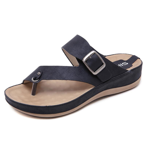 Solid buckled leather soft slippers