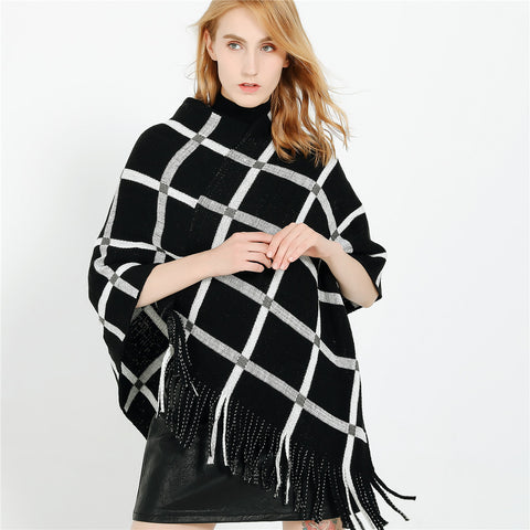 Plaid tassel v-neck ponchos - Fancyever