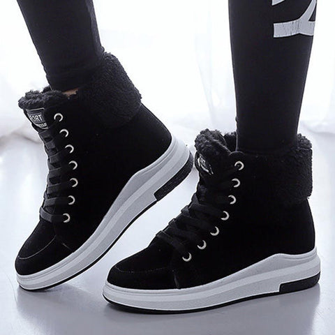 Lace-up thick fur snow boots