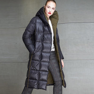 Color-blocked hooded straight down coats