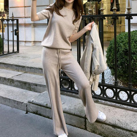 Short sleeve knitted straight pant suits