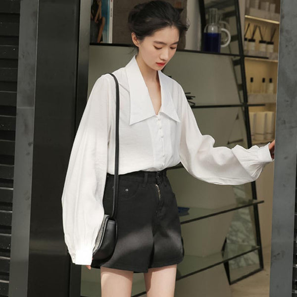 Turn-down collar lantern sleeve blouses
