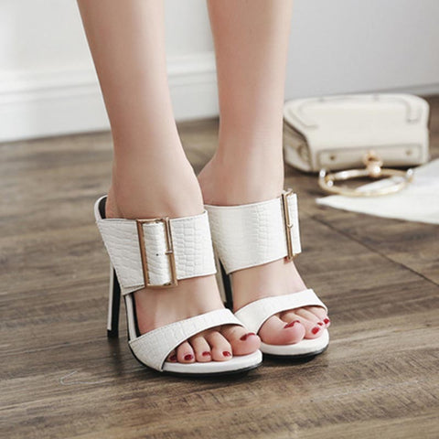 White metal bucket thin heel slippers