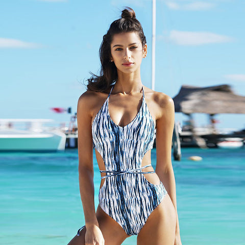 Textured print halter backless one-piece swimwear